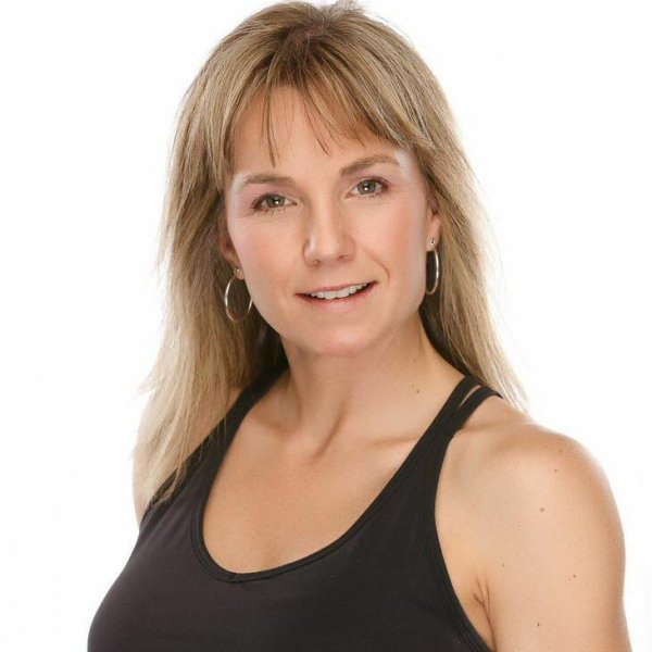 30 Minute Hit - Maple Ridge fitness kickboxing - Brenda Woods